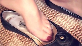 Double hosed nylon feet tease