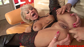 Pussypierced mature analized before sucking
