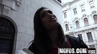 Mofos - Public Pick Ups - Spanish Beauty Give
