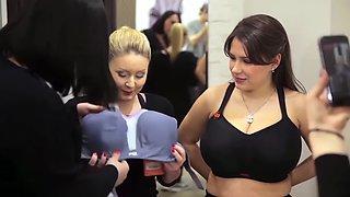 Sports Bra Modeling for Social Media