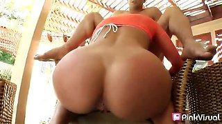 Alanah Ray