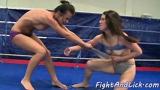 Wrestling dyke fingerfucked in a boxing ring