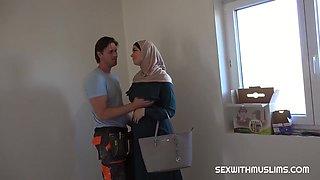 Muslim Girl Cuckold Screwing - Big Booty Arab Girl