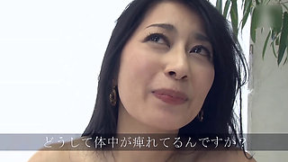 Japanese Disappeared AV actress Megumi Sawa, the first fuck