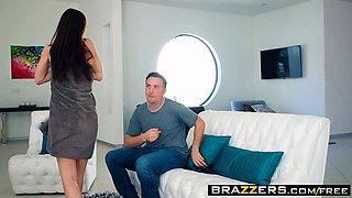 Brazzers - Baby Got Boobs - Aidra Fox Keiran
