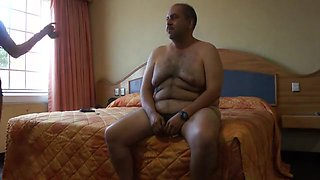 Mexican milf escort tells me about his other clients before fucking
