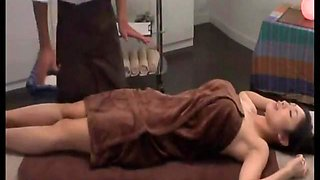 Hot Japanese oil massage in salon and fucked