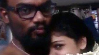 Indian desi romance xxx:http:www.alinamalik.co.in