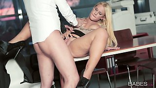 Sensual secretary Kyra Hot is fucked by hot tempered boss right on the table