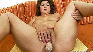 Mature slut cock and machine fucked