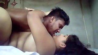 Desi bhabhi having fun with ex bf