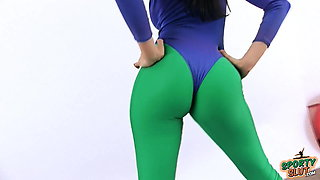 PERFECT ASS BABE and Sexy CAMELTOE In Tight 80's Spandex!
