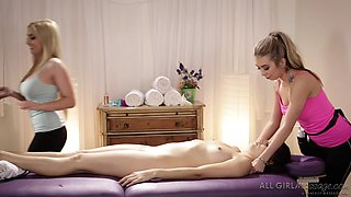 nikki enjoys unforgettable lesbian massage