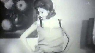 Retro Porn Archive Video: Golden Age Erotica 04 04