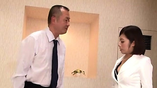 Slender oriental housewife flirts and gets licked