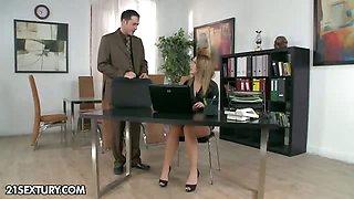 Secretary Kitty