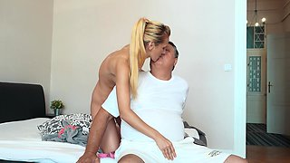 Amateur fucking in the bedroom with cock hungry cutie Haley Hunter