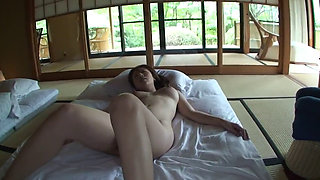 Japanese Onsen Trip With Yui 2