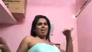 Tamil aunty hot dance