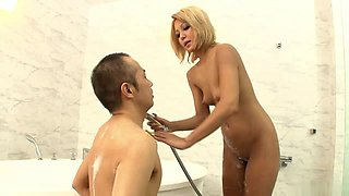 Japanese whore have lots of fun with her boyfriend in the bathroom