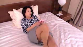 【VSED-108】Japanese Hot Mon Fucks Son
