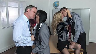 Double Penetration for two hot teachers