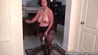 Marie Black - BBW Milf fingers herself for you and teases her ass