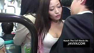 smoking hot asian babe gets fucked on the bus jav