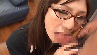 Natsu Ando Naughty Asian secretary enjoys bukkake
