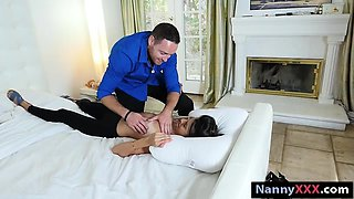 New babysitter Victoria Vargaz pounded in the master bedroom