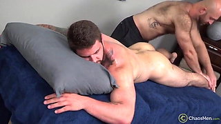 Massage bodybuilder Thick Dick