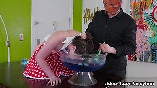 Paige Pierce in Anal Kitchen Wench - Assylum