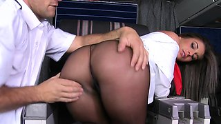 Drilling Curvy Slut Mischa Brooks