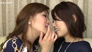 Japanese Kissing Babes (Music-Video)