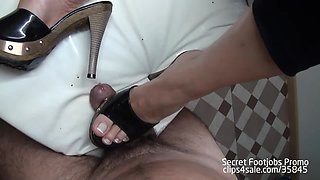 Hot footjob with sexy clogs!!