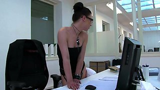 Angelique Duval wants to ride a fat dick while she moans