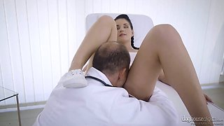 Kinky doctor eats juicy pussy of charming brunette girl Lucia Denville