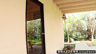 Brazzers - Shes Gonna Squirt - Give Her the S