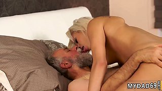 Daddy piss Surprise your girlcompeer and she will plumb with your dad