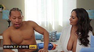Brazzers Mommy Got Boobs Ava Addams Ricky Johnson Seduced By His Stepmom