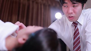 [english Subtitle] Sharing A Room With The Office Hottie On