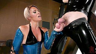 Femdom foot fetish latex session with mistress Helena Locke