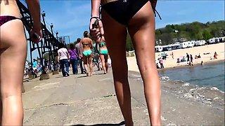 Beach voyeur finds delightful amateur teens in sexy bikinis