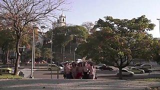 MARCHA DE LA 100 TETAS