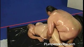 rough sex with a kinky oiled up mature bbw