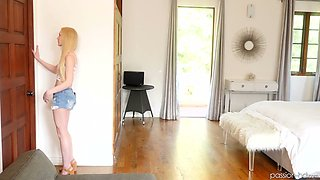 Spoiled stepsister Emma Starletto gets into penis of her sleeping stepbrother