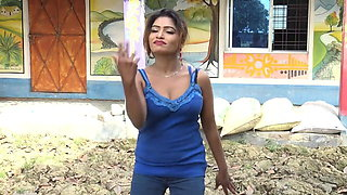 Desi Bhabhi Dance Video