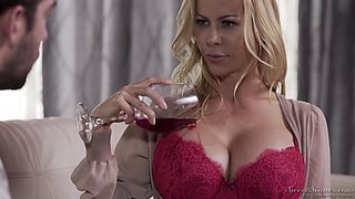 Stunning Alexis Fawx gets her wet pussy plowed by a long pecker