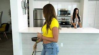 Gia and Havana takes Peters virginity