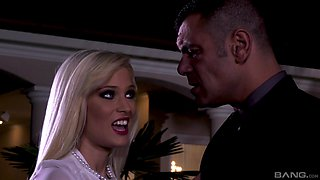 Candee Licious seduced a well hung dude and rides him by the pool